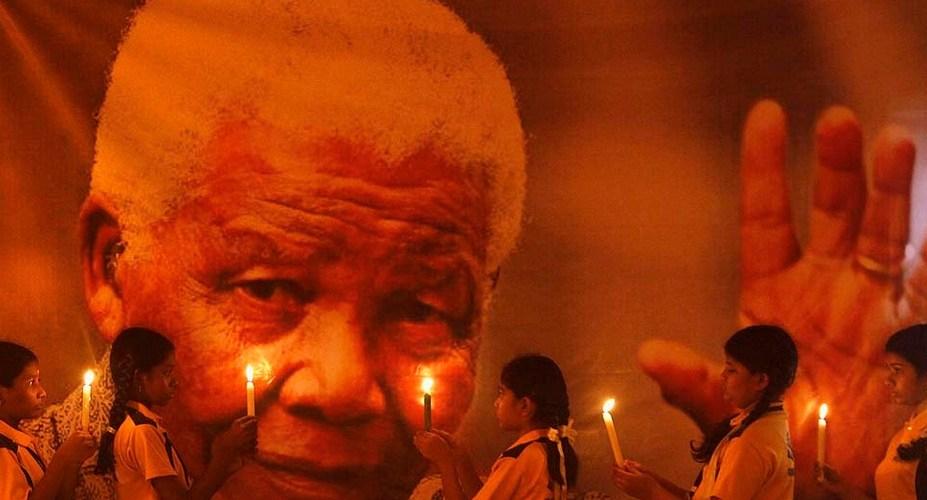 Em luto, África do Sul presta homenagens a Nelson Mandela