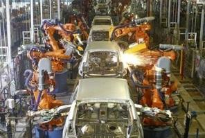 Produção de veículos bate recorde em 2013, diz Anfavea