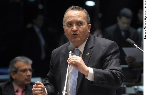 Senado aprova classificação de corrupção como crime hediondo