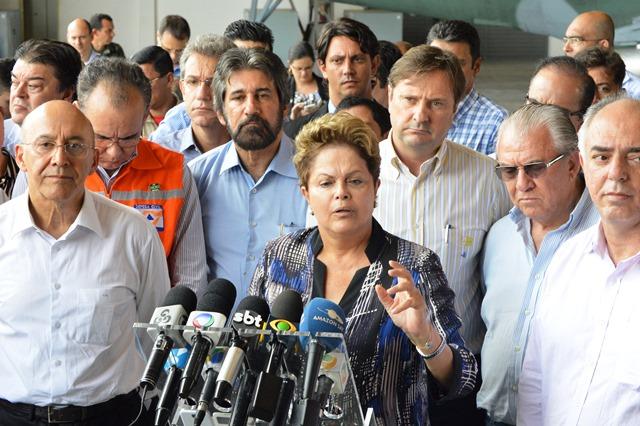 Dilma tenta abafar denúncias contra as usinas e se omite quanto a transposição dos servidores