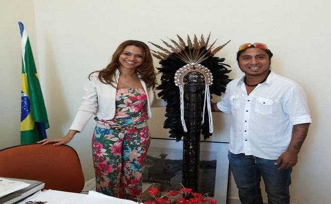 Biblioteca vai expor trabalhos de artista plástico internacional