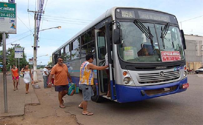 Usuários do transporte coletivo denunciam falha na integração de passagens