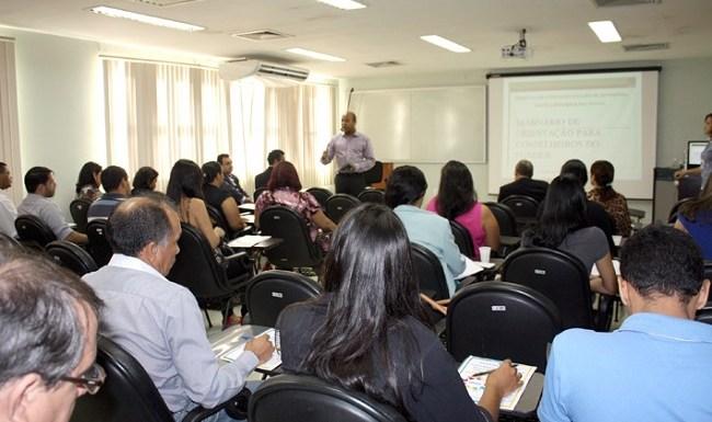 Responsabilização dos conselheiros do Fundeb é destacada na abertura de seminário do TCE