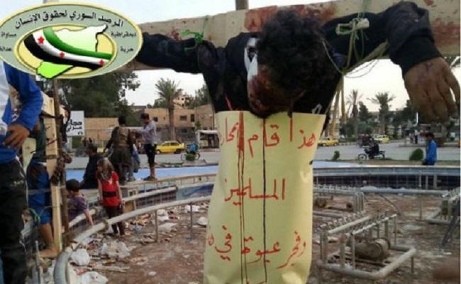Terroristas sírios crucificam cristãos; papa chora