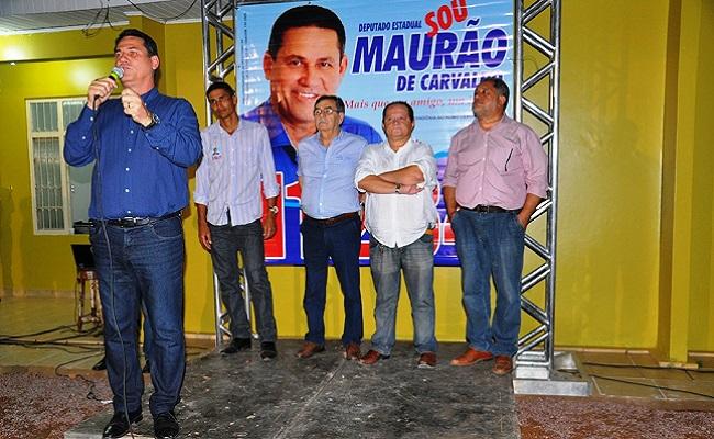 Maurão de Carvalho inaugura comitê de campanha na capital