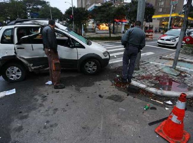 Jornalista argentino morre após acidente com carro roubado