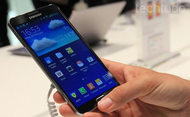 Galaxy Note 4 terá tela flexível, corpo de metal e câmera superpotente