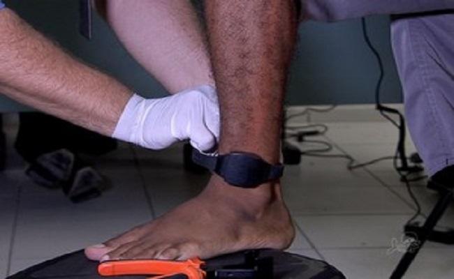 Foragido que cortou tornozeleira de monitoramento para assistir jogo do Brasil é capturado