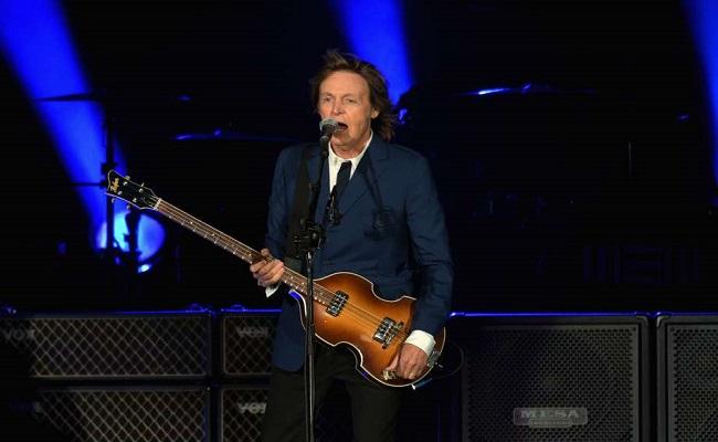 Paul McCartney revisita carreira com longo show nos EUA