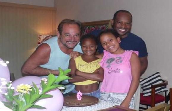 Casais homoafetivos viram 'pães' no Dia dos Pais