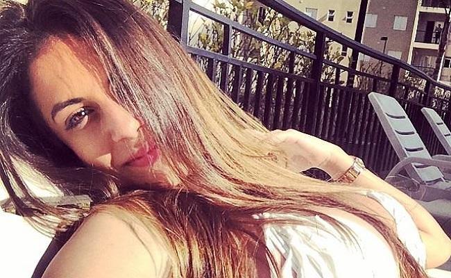 Tatuagens revelam identidade da nova panicat; conheça Mari Gonzalez