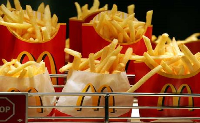 Franqueadora do McDonald's fatura US$ 918 milhões no 2º tri