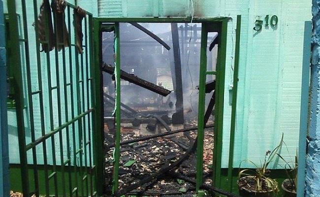 Incêndio destrói casa em Vilhena