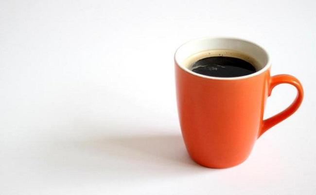 Misturar açúcar pode alterar o efeito da cafeína no organismo?