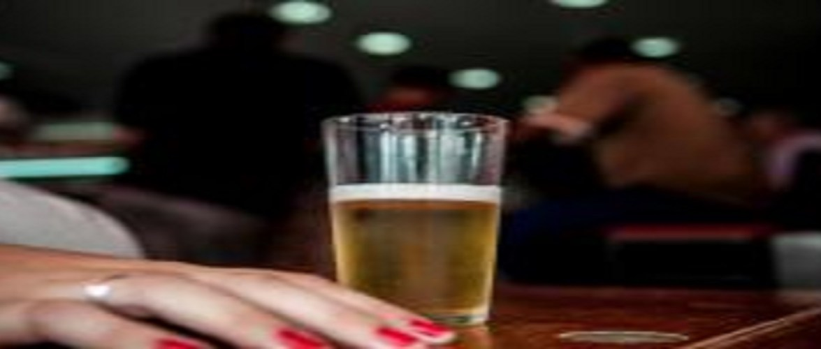 Psiquiatra alerta para perigos do excesso de álcool nas festas de fim de ano