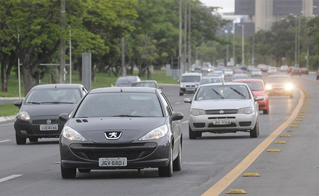 Março registrou queda de 23% na venda de veículos