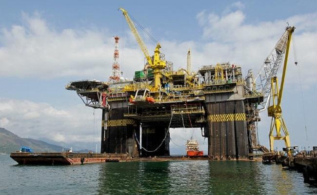 Produção de petróleo chegou a 2,35 milhões de barris em novembro