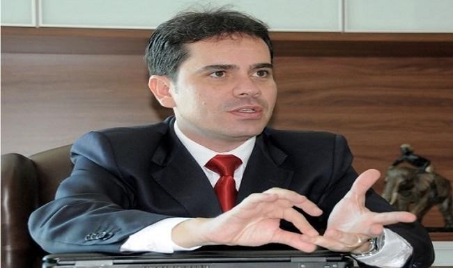 Valorização do jovem advogado – por Andrey Cavalcante