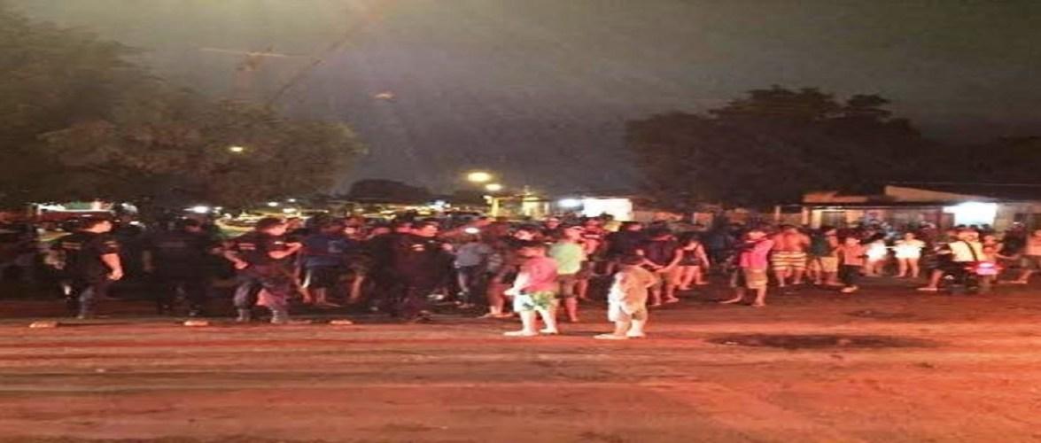 População faz protesto em bairro da capital pedindo melhorias urgente