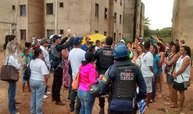 Condomínio da Zona Sul de Porto Velho é desocupado durante operação