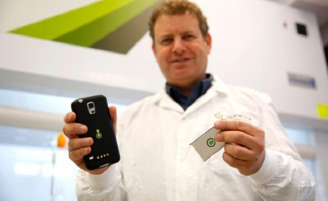 Conheça a bateria que carrega celulares em 1 minuto e carros em 5