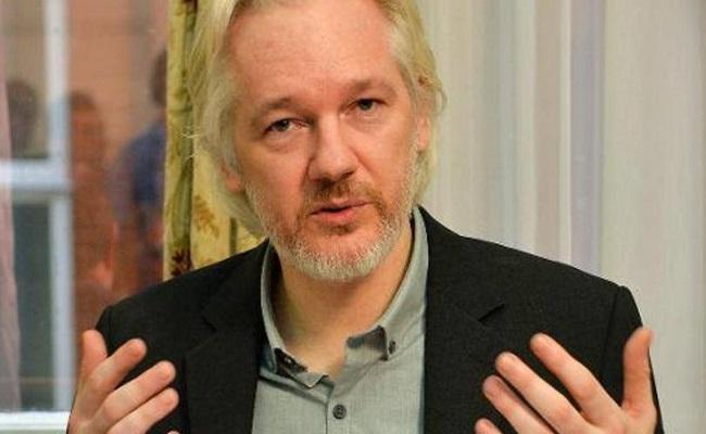 Equador concede cidadania a Assange