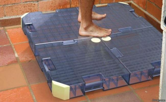 Designer cria invenção que reusa até 90% da água do banho