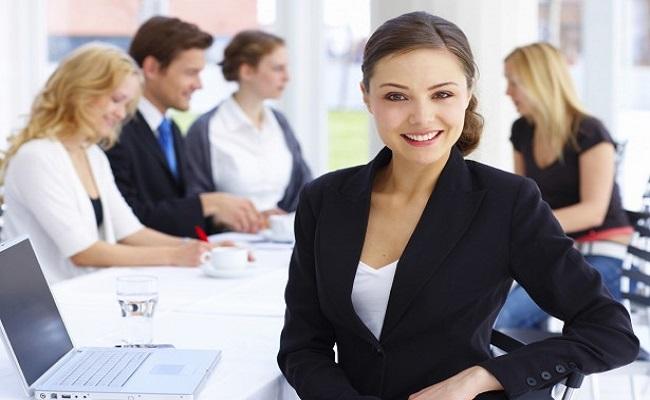 Estudo afirma que os 10 primeiros anos de carreira definem renda