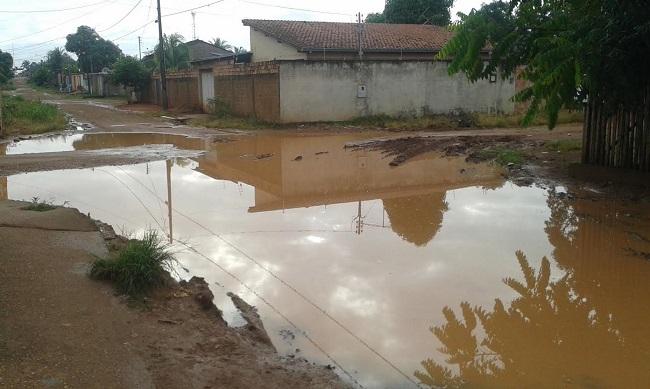 Moradores do bairro Igarapé querem fim das alagações