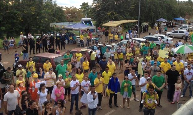 Novos protestos contra corrupção têm adesão menor