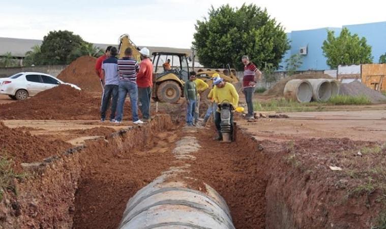 Prefeitura retoma obras paralisadas por causa das chuvas