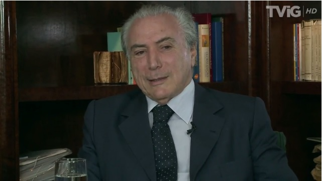 """Não há base jurídica para impeachment"" diz Michel Temer; assista"
