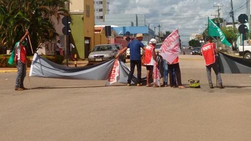 Manifestantes mostraram faixas e cartazes nesta quarta-feira nas principais ruas do centro da cidade