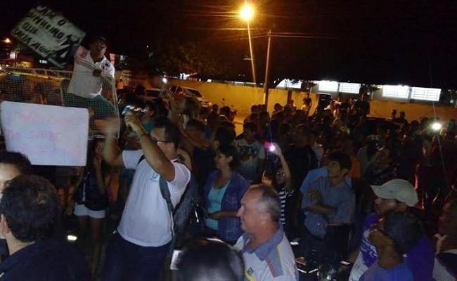 População de Cacoal pede a cassação de prefeito do PT