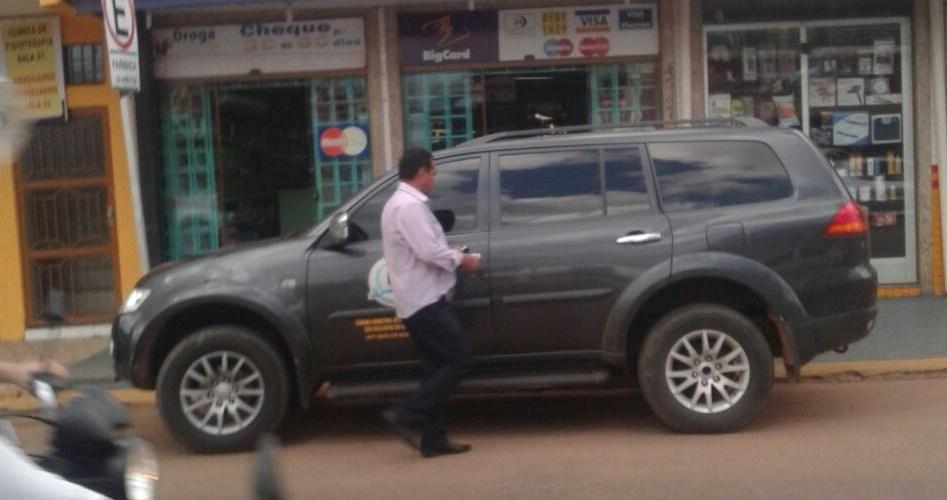 Presidente da Câmara de Porto Velho é flagrado com carro oficial no feriado