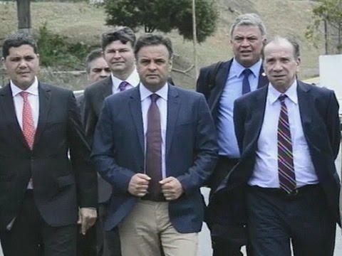 Comitiva de senadores passa por momentos de tensão ao desembarcar em Caracas
