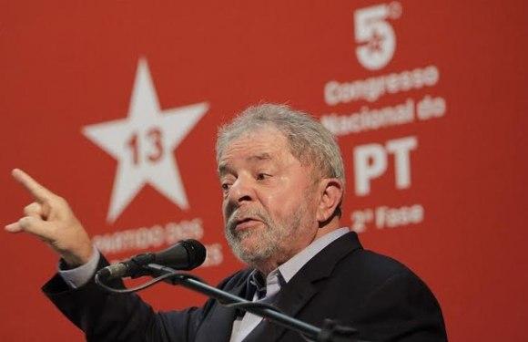 Ministro afirma que Lula fez lobby para Odebrecht