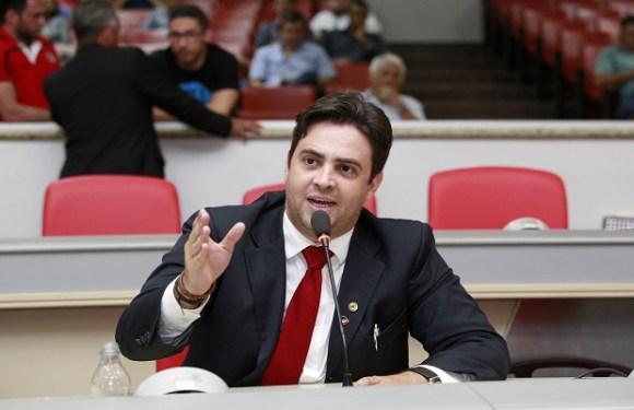 Léo Moraes pede moção de repúdio contra Eletrobrás Distribuição Rondônia