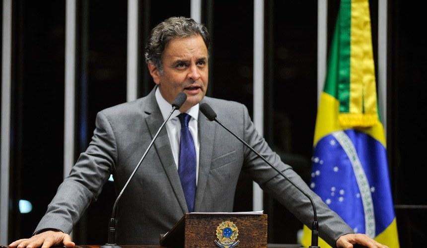Aécio Neves propõe a Temer modelo de PPPs para o sistema prisional brasileiro