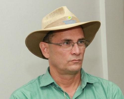 Acho que o Daniel Pereira perdeu espaço porque começou a usar o chapéu do Cassol...