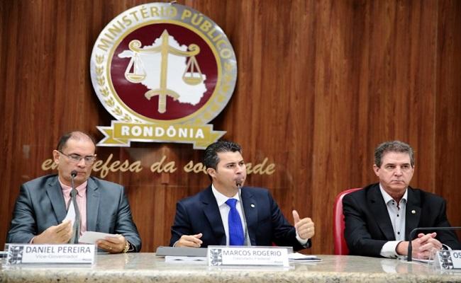 Em Rondônia, houve uma audiência pública importantíssima em que o público não foi convidado