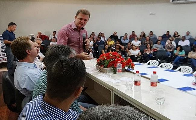 Luizinho Goebel participa de encontro estadual da Saúde