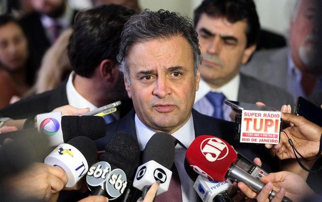 Aécio apoia Moraes no STF, mas diz que indicação não é 'questão partidária'