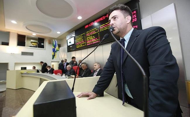 Léo Moraes propõe audiência pública para debater risco nas usinas do Madeira