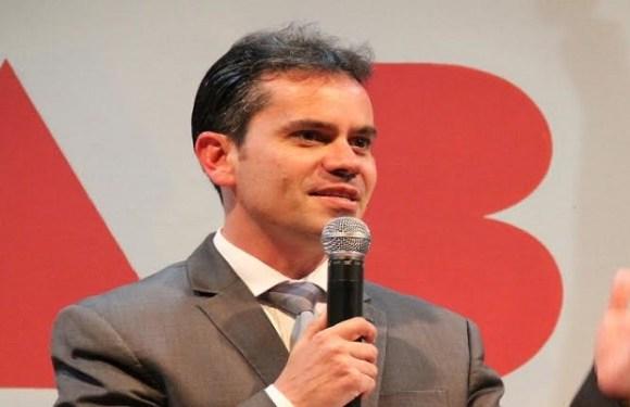 A conta do descrédito – por Andrey Cavalcante
