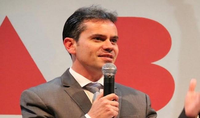 Impeachment não é golpe, por Andrey Cavalcante