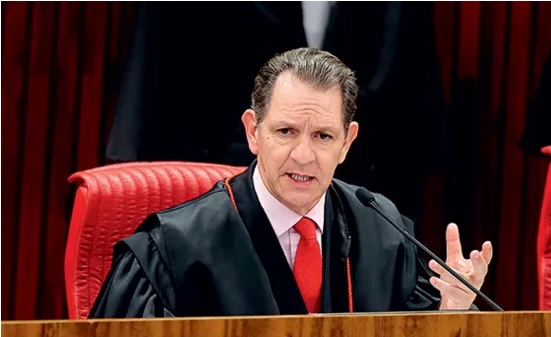 Ministro que absolveu Confúcio no TSE, pode estar envolvido em superfaturamento no STJ