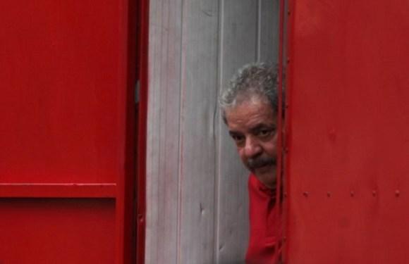 URGENTE – MP de São Paulo pede a prisão de Lula