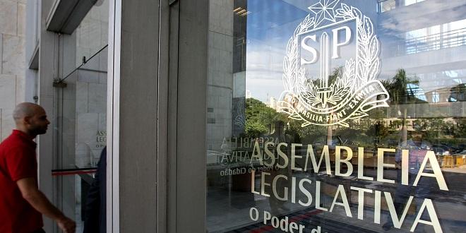 Polícia prende ex-presidente da Assembleia de São Paulo e mais seis por fraude na merenda