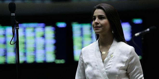 Mariana protela, mas PSDB garante que ela é candidata